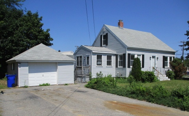 Goffstown NH Home for sale $List Price is $165,600