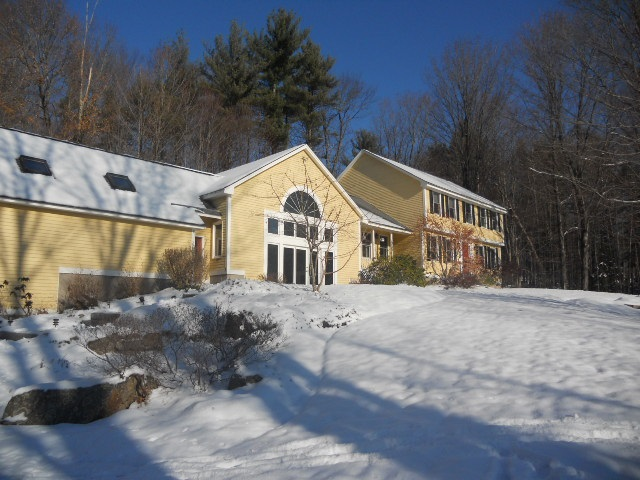 Mont Vernon NH Home for sale $List Price is $380,000