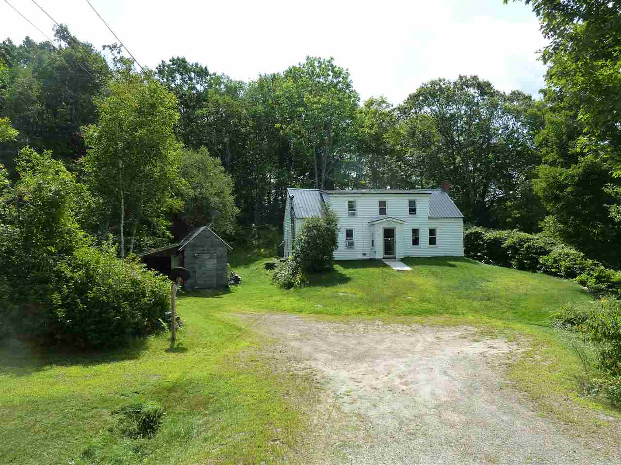 Meredith NH Home for sale $$148,000 $122 per sq.ft.
