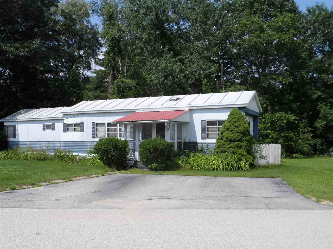 Allenstown NH Mobile-Manufacured Home for sale $List Price is $15,000