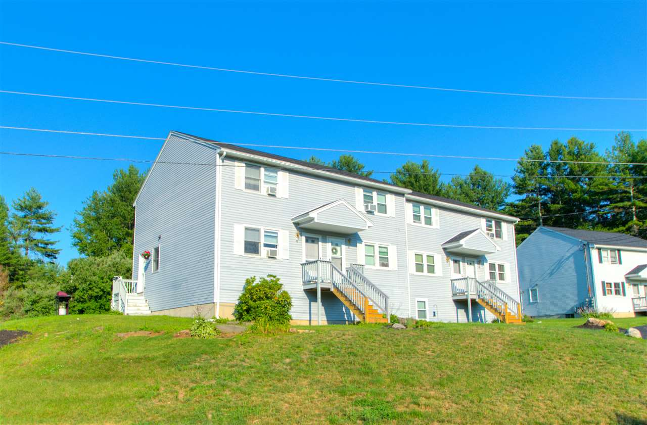Sandown NH Condo for sale $List Price is $144,900