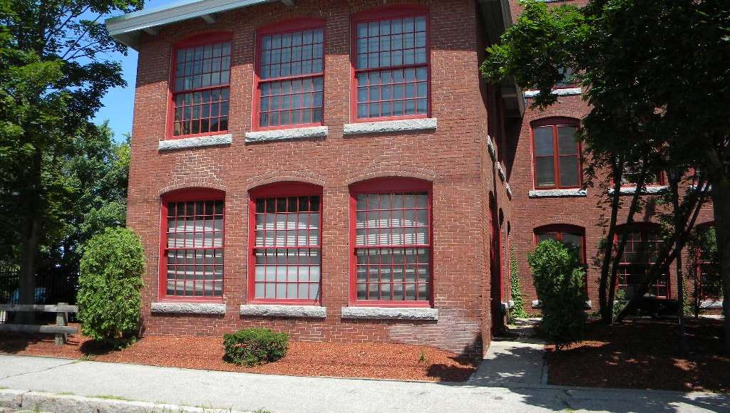 470 Silver Street 100, Manchester, NH 03103