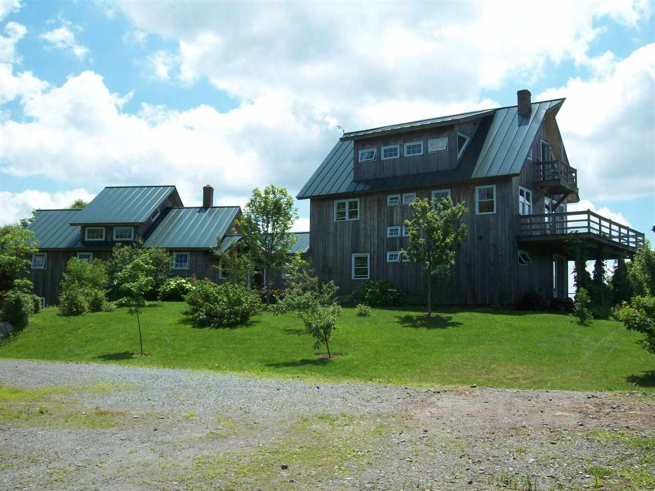 VERSHIRE VT Home for sale $$650,000 | $301 per sq.ft.
