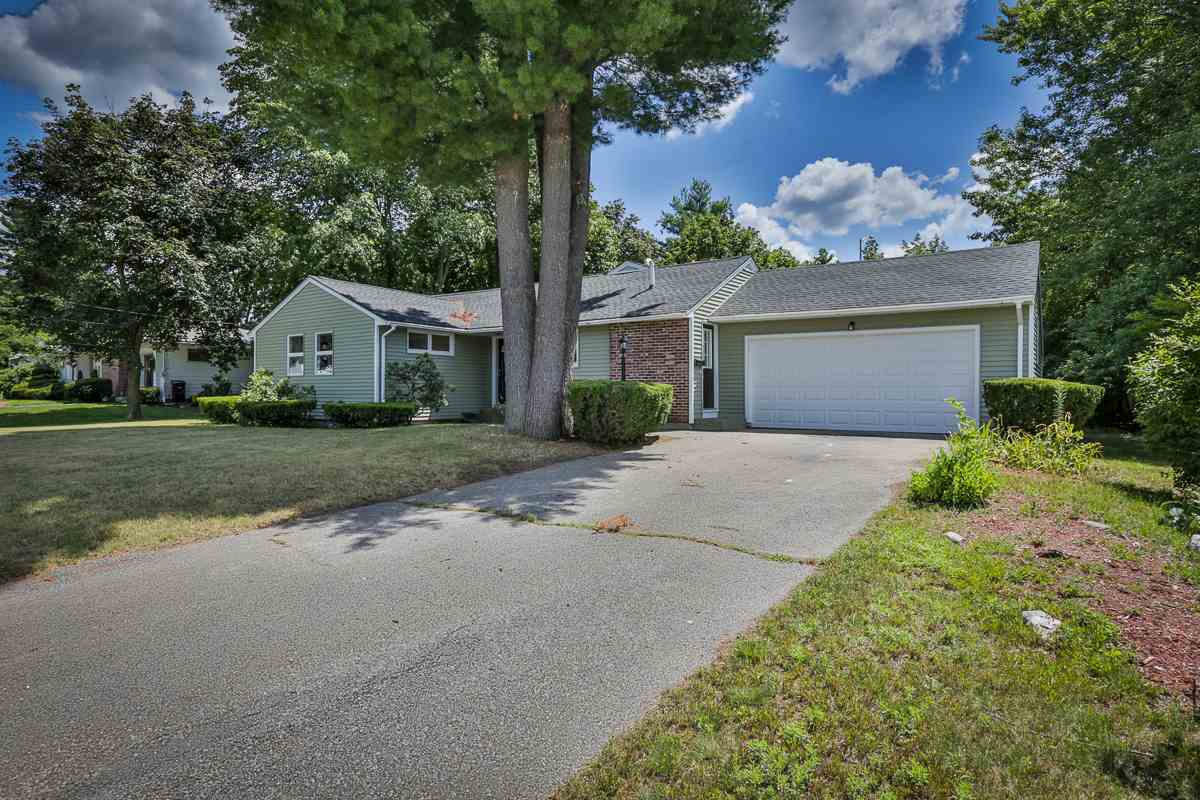 112 Parnell Place, Nashua, NH 03060