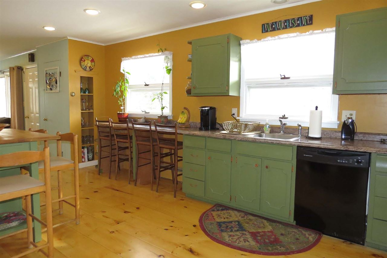 Mount holly real estate 1186 healdville road vt 05758 for Kitchen 87 mount holly