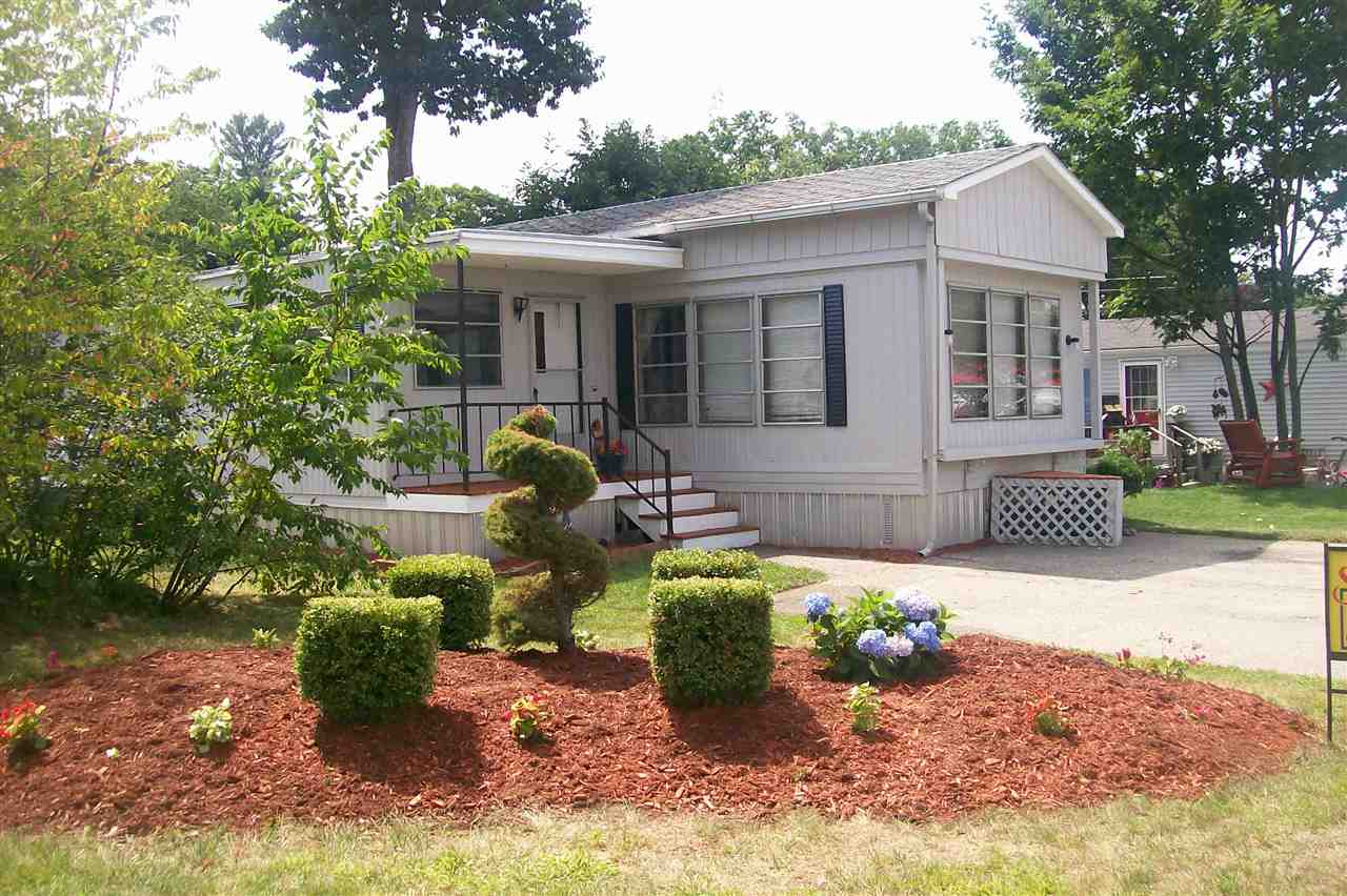44 Holly Park Lane, Rochester, NH 03867