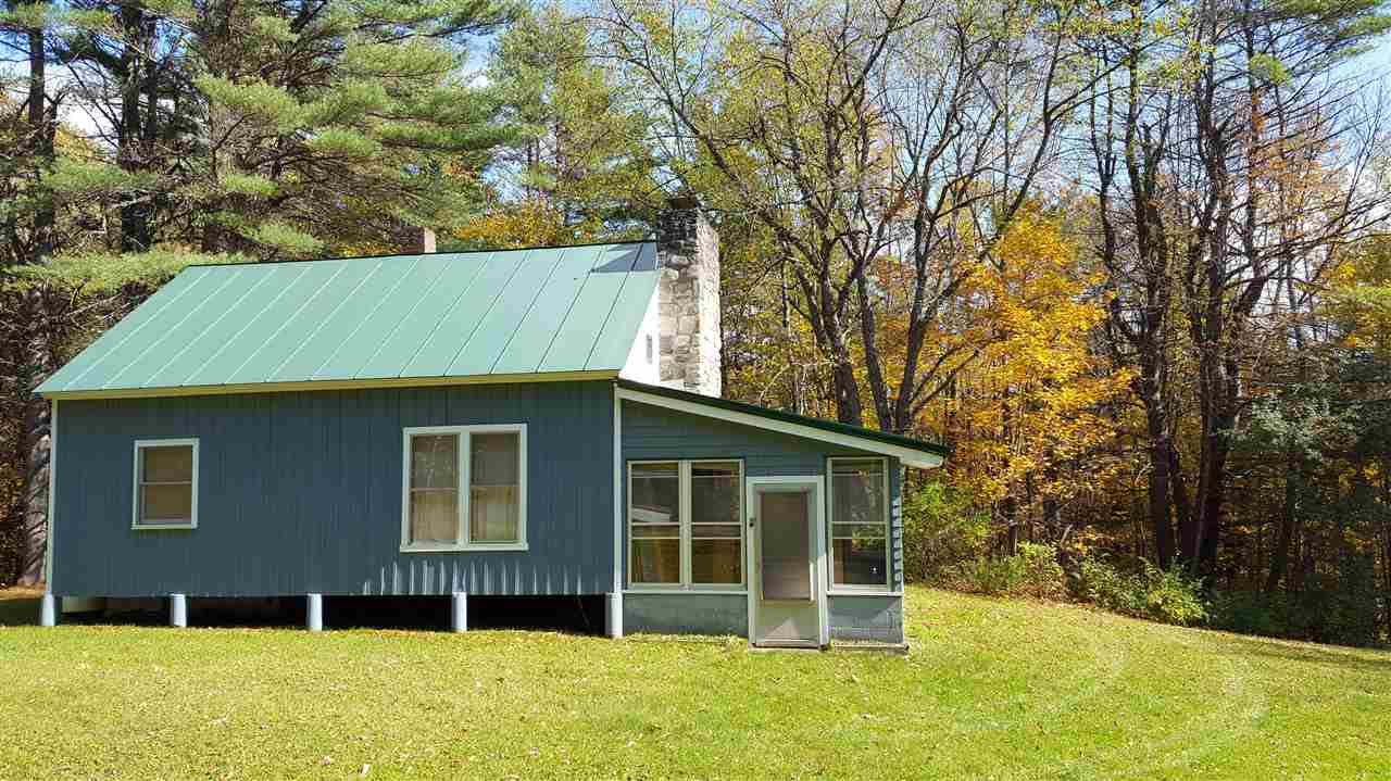 Sharon VT Home for sale $$169,900 $243 per sq.ft.