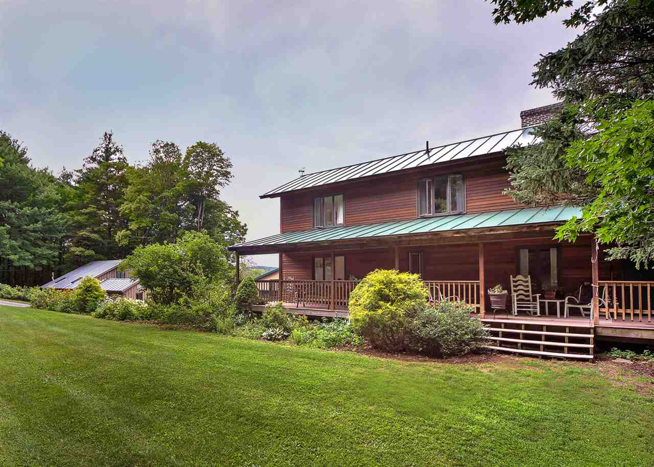 Pomfret VT Home for sale $699,000