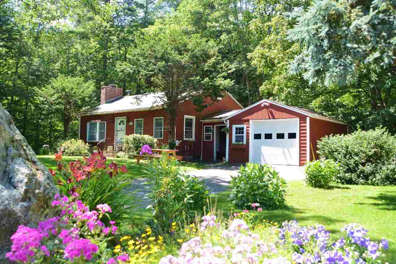 SURRY NH Home for sale $$146,900 | $161 per sq.ft.