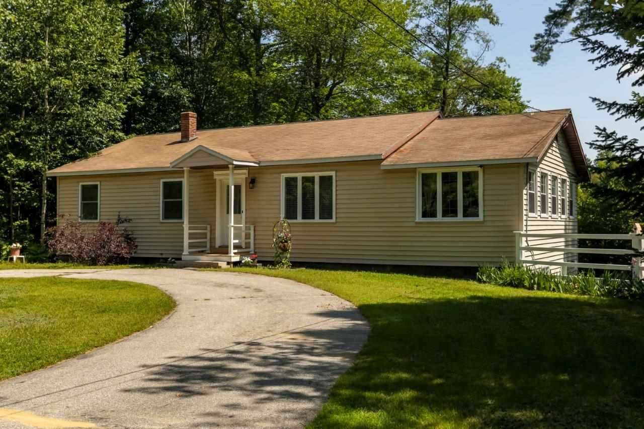 BOSCAWEN NH Home for sale $$249,900 | $178 per sq.ft.