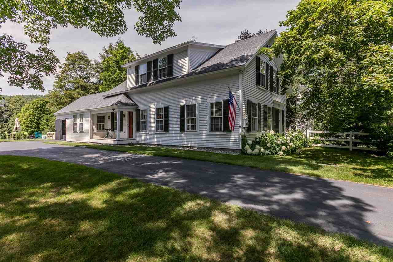 ORFORD NH Home for sale $$425,000 | $211 per sq.ft.
