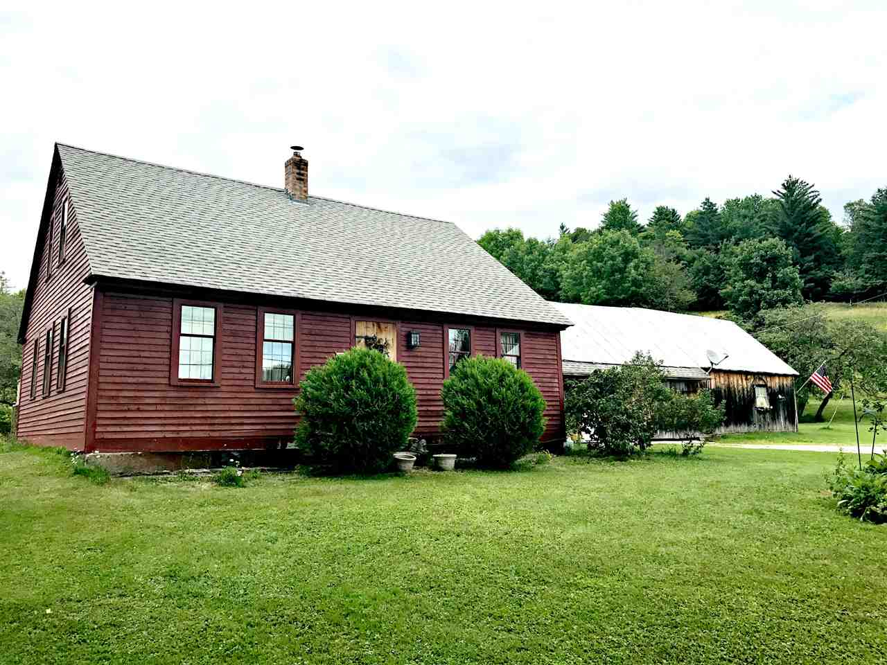 TOPSHAM VT Lake House for sale $$215,000 | $134 per sq.ft.