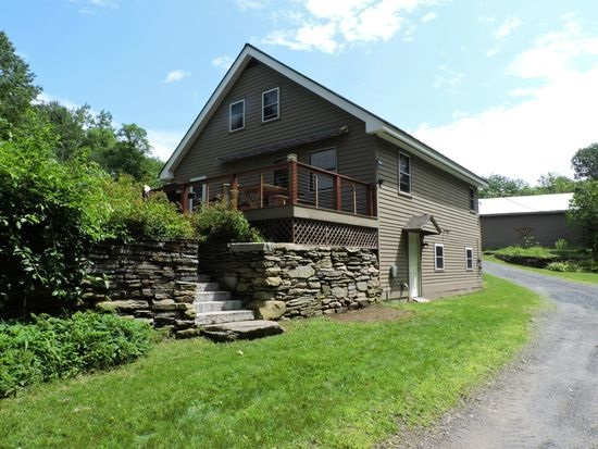 VERSHIRE VTLake House for sale $$265,000 | $147 per sq.ft.