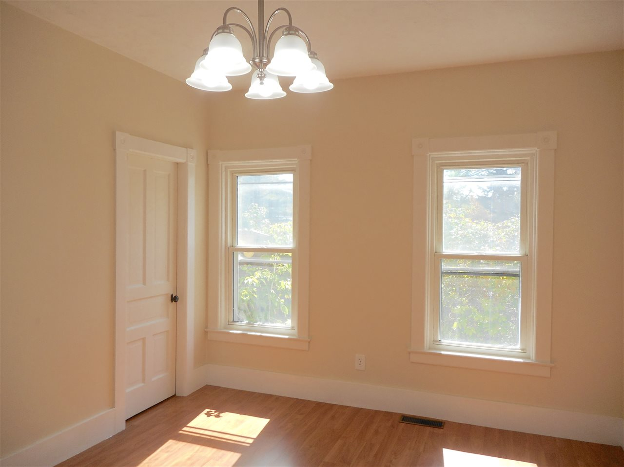 Vermont-Real-Estate-4651704-10