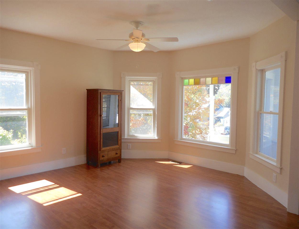 Vermont-Real-Estate-4651704-11
