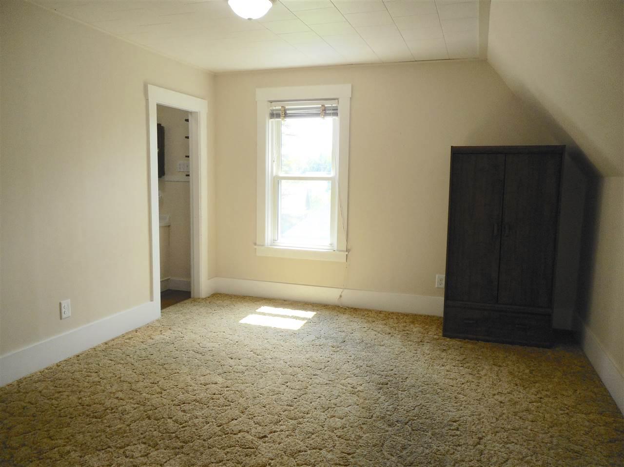 Vermont-Real-Estate-4651704-20