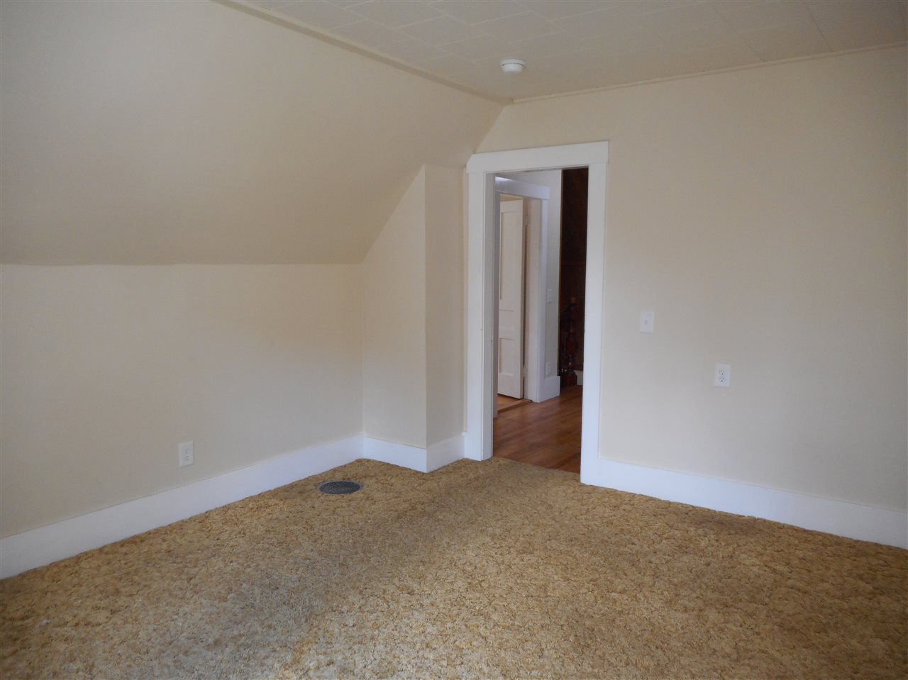 Vermont-Real-Estate-4651704-21