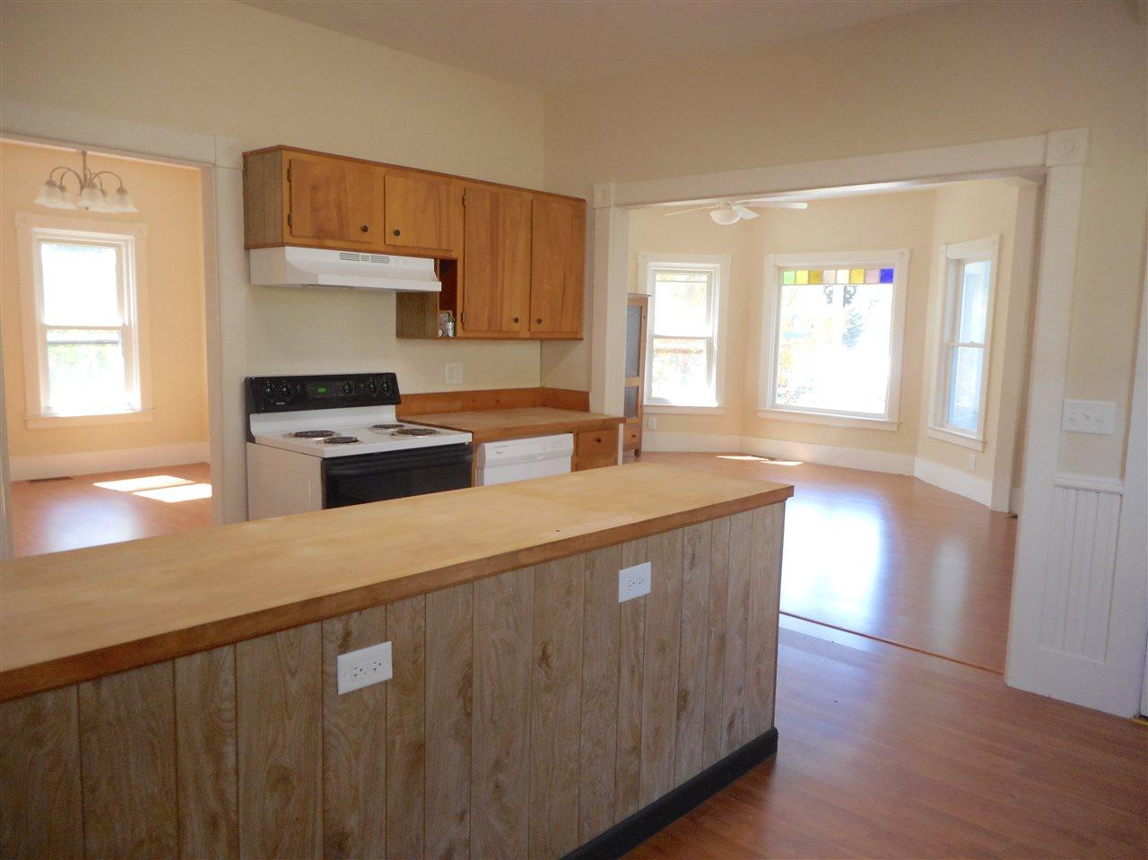 Vermont-Real-Estate-4651704-7