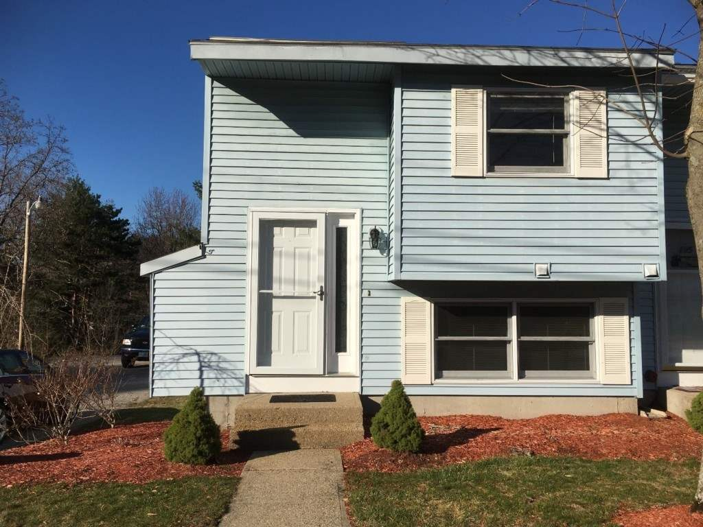 Manchester NH Condo for sale $List Price is $143,500