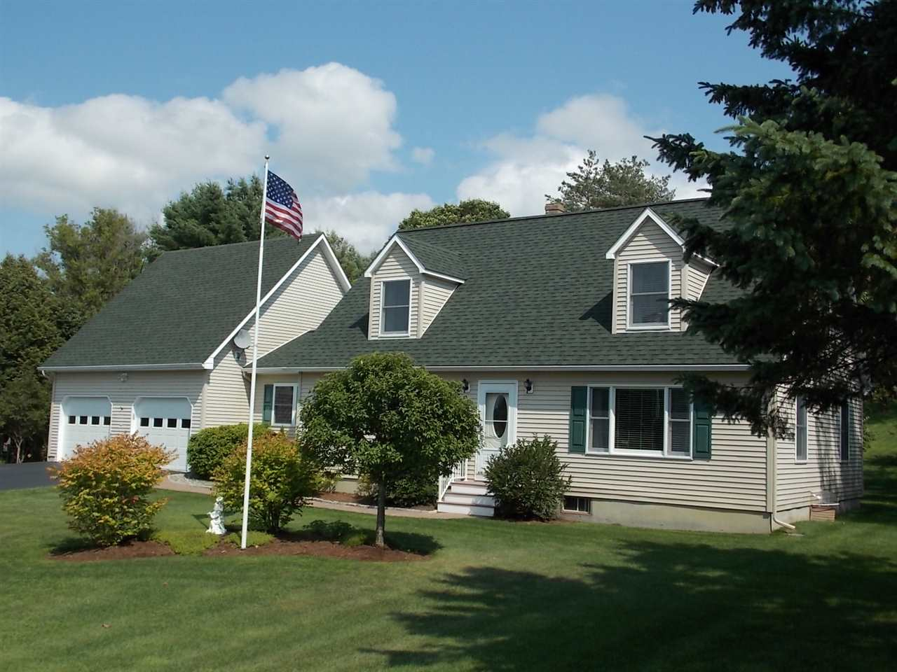 ST. JOHNSBURY VT Home for sale $$280,000 | $132 per sq.ft.