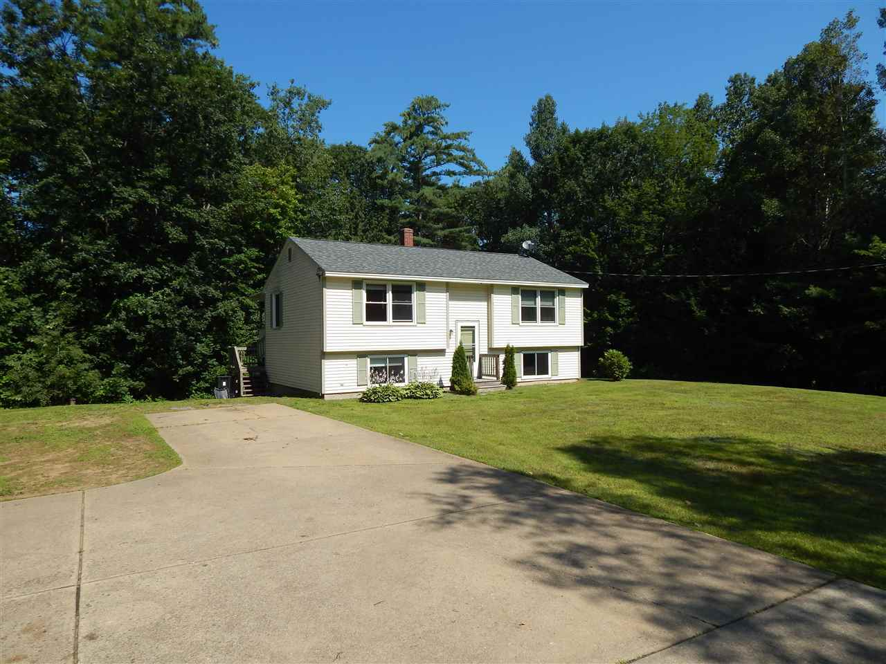 Belmont NH Home for sale $$169,900 $144 per sq.ft.