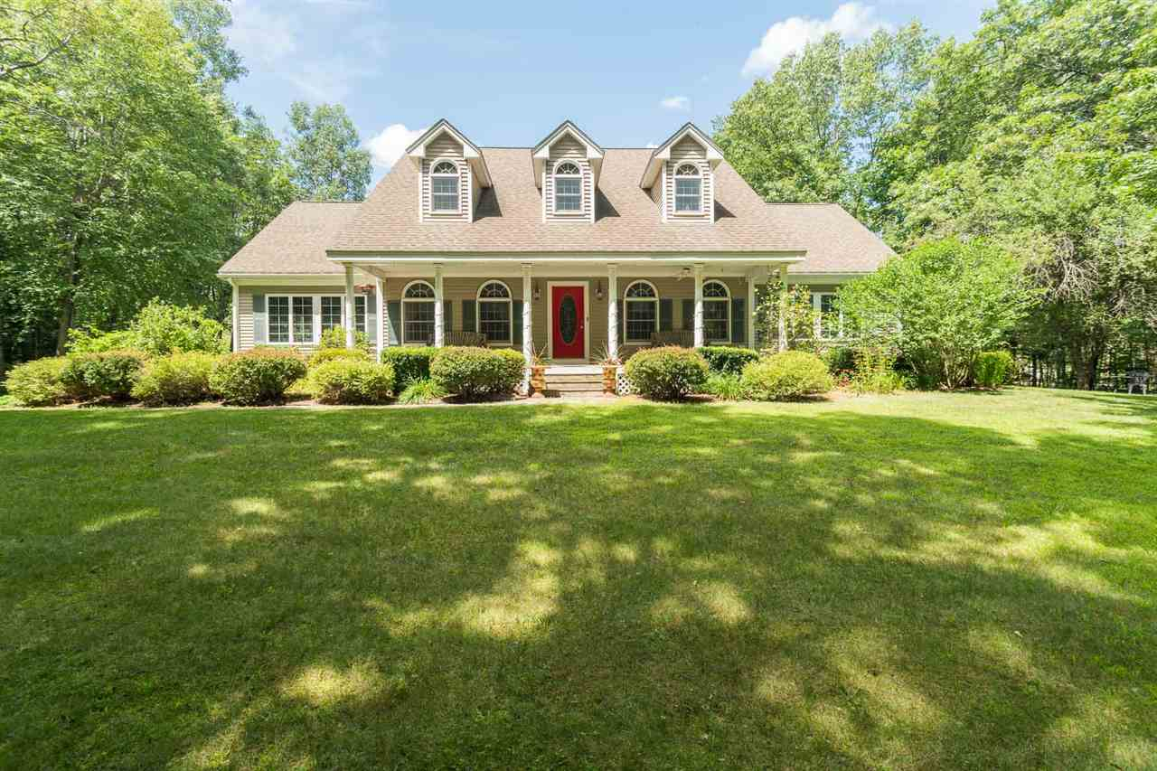 10  Thorne Road Kingston, NH 03848