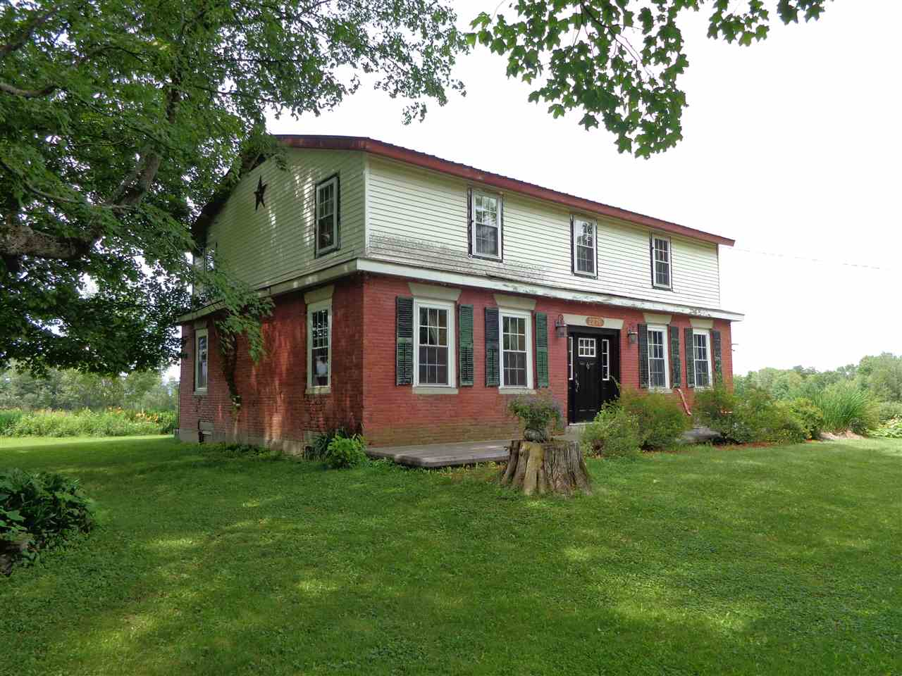 WILLIAMSTOWN VT Home for sale $$189,900 | $74 per sq.ft.