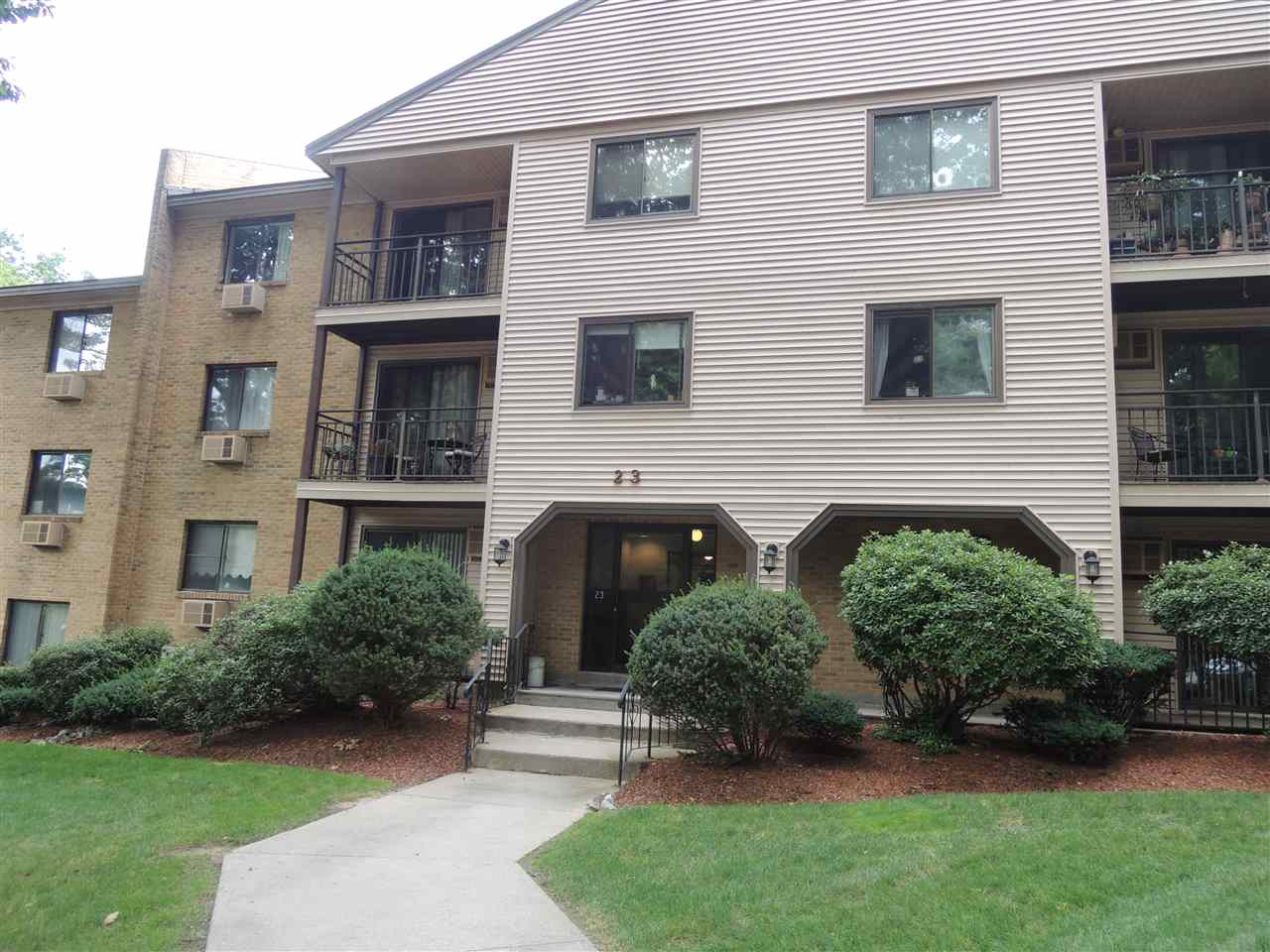 Manchester NH Condo for sale $List Price is $79,900