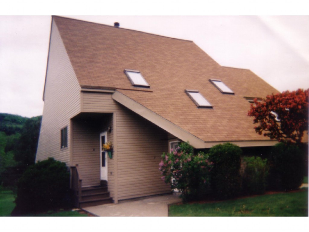 WOODSTOCK VTCondo for rent $Condo For Lease: $1,100 with Lease Term