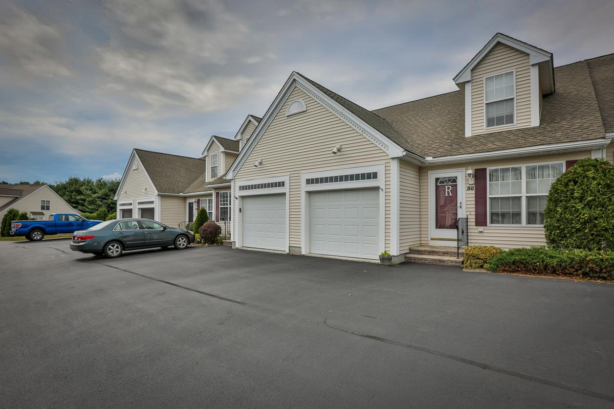 Windham NH Condo for sale $List Price is $224,900