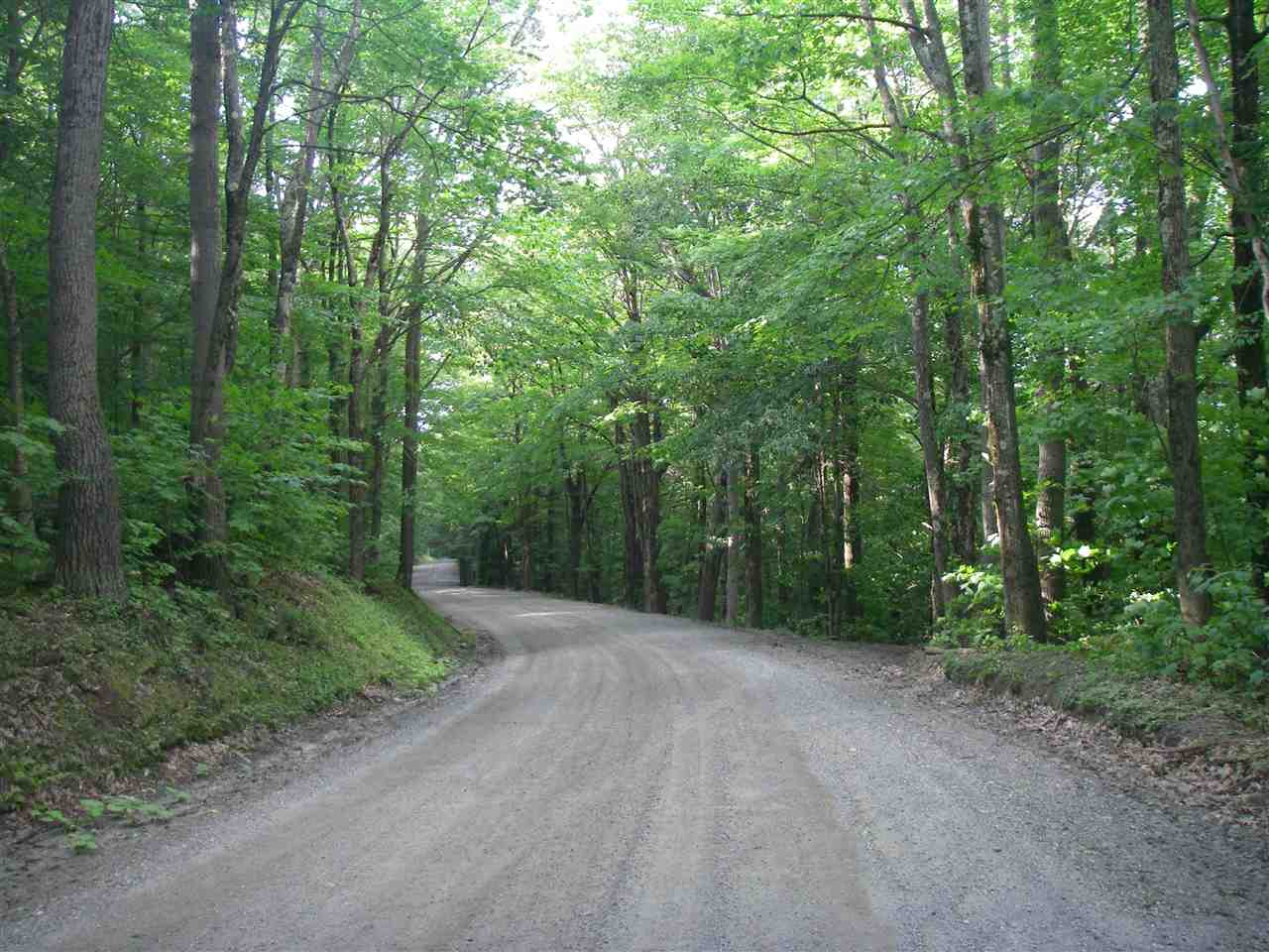 Beautiful wooded acreage consisting of 3 lots in...