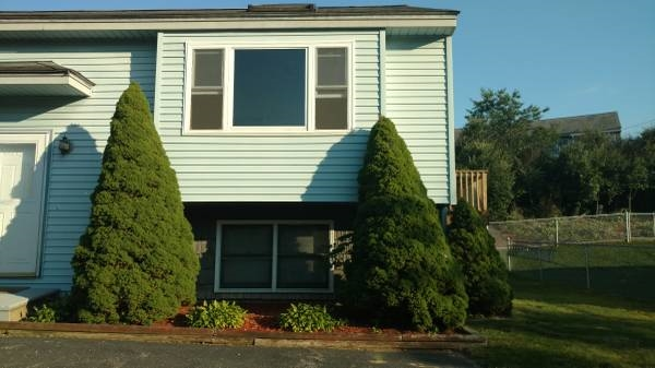 DERRY NH Condex for rent $Condex For Lease: $1,375 with Lease Term