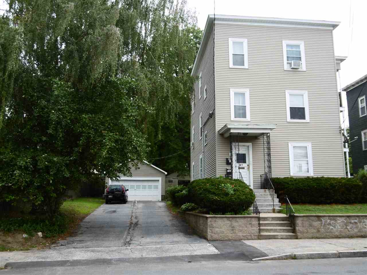 image of Manchester NH  3 Unit Multi Family | sq.ft. 3339