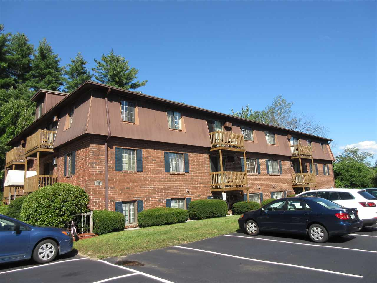 Manchester NH Condo for sale $List Price is $65,000