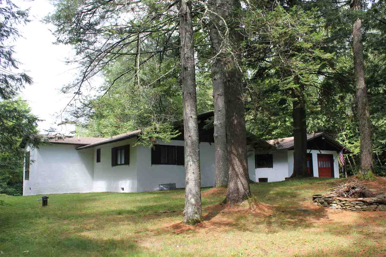 124 Vacation Lodges Road, Londonderry, VT 05148