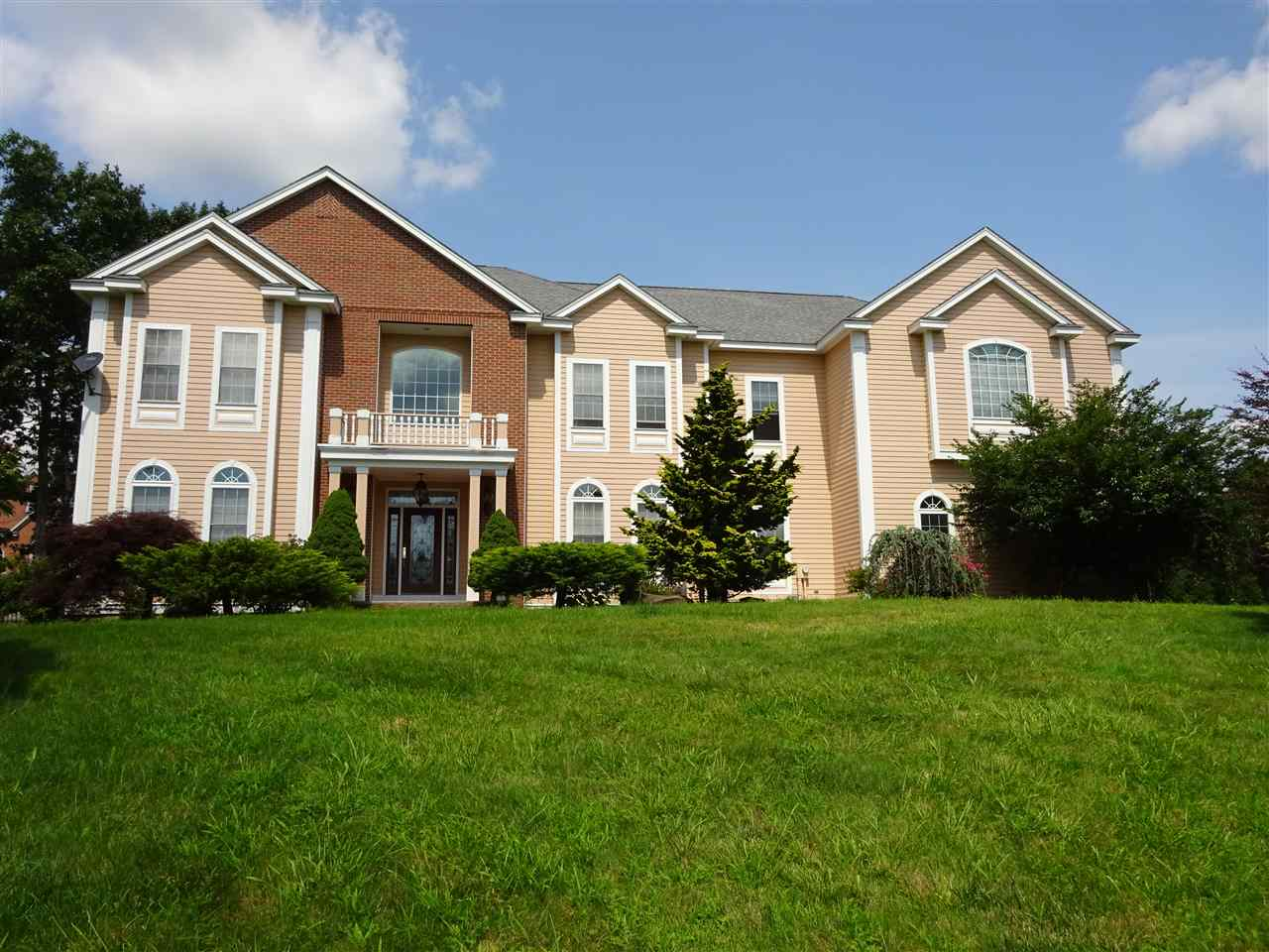 WINDHAM NHSingle Family for rent $Single Family For Lease: $4,300 with Lease Term