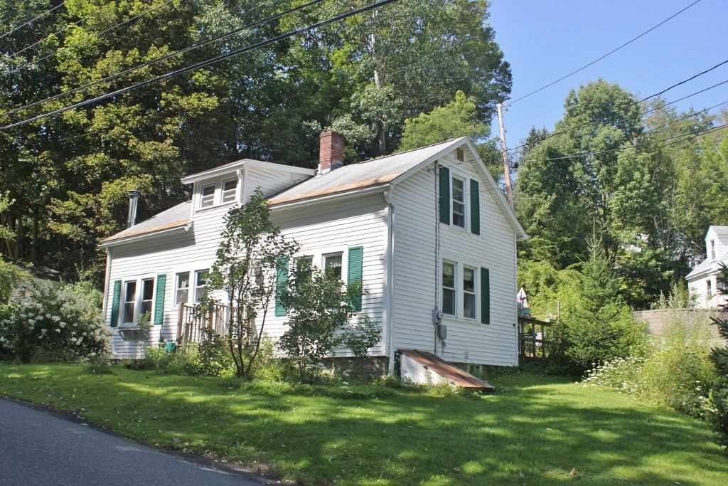 image of Springfield VT Home | sq.ft. 1044