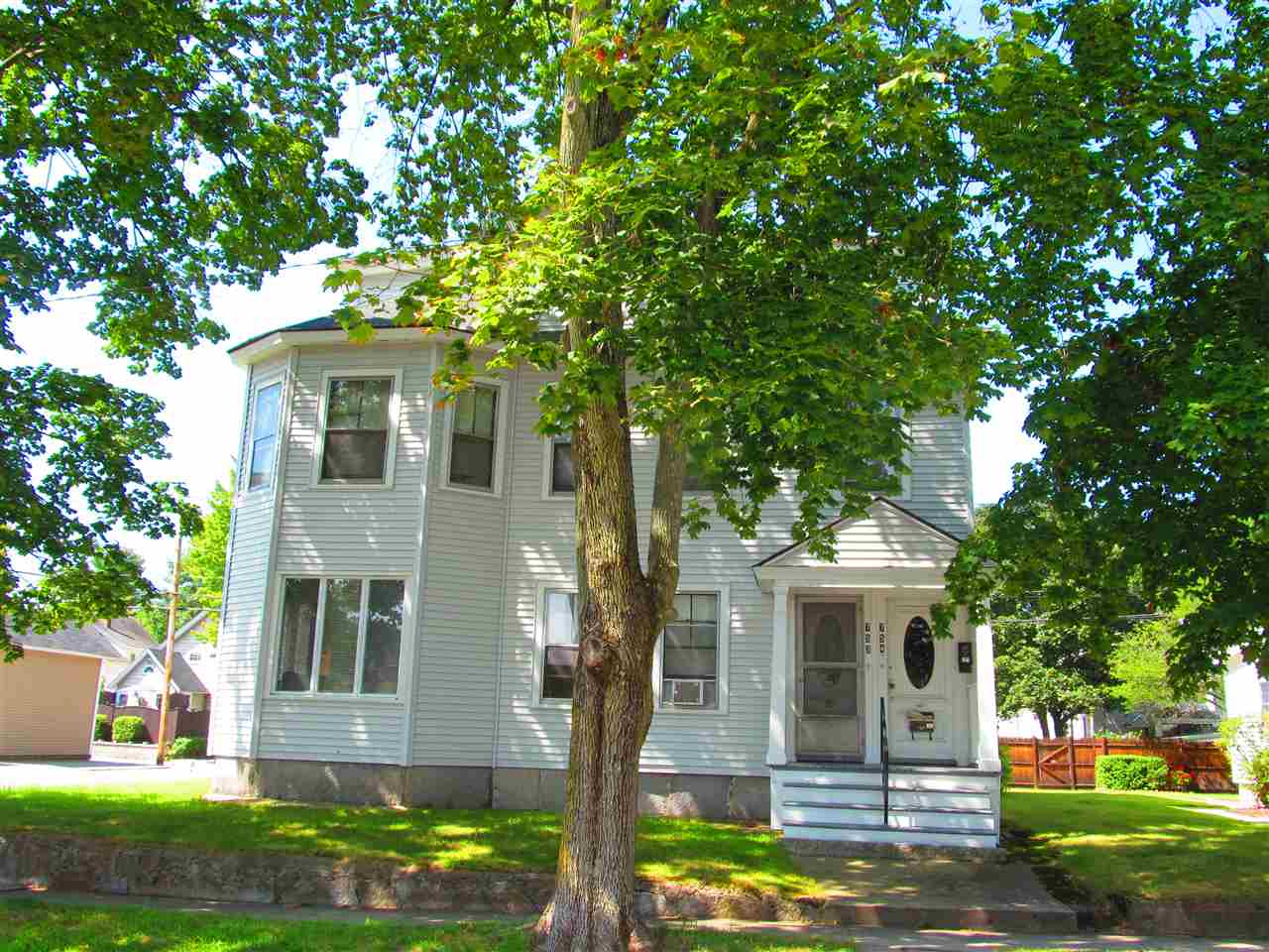 image of Manchester NH  4 Unit Multi Family | sq.ft. 3407