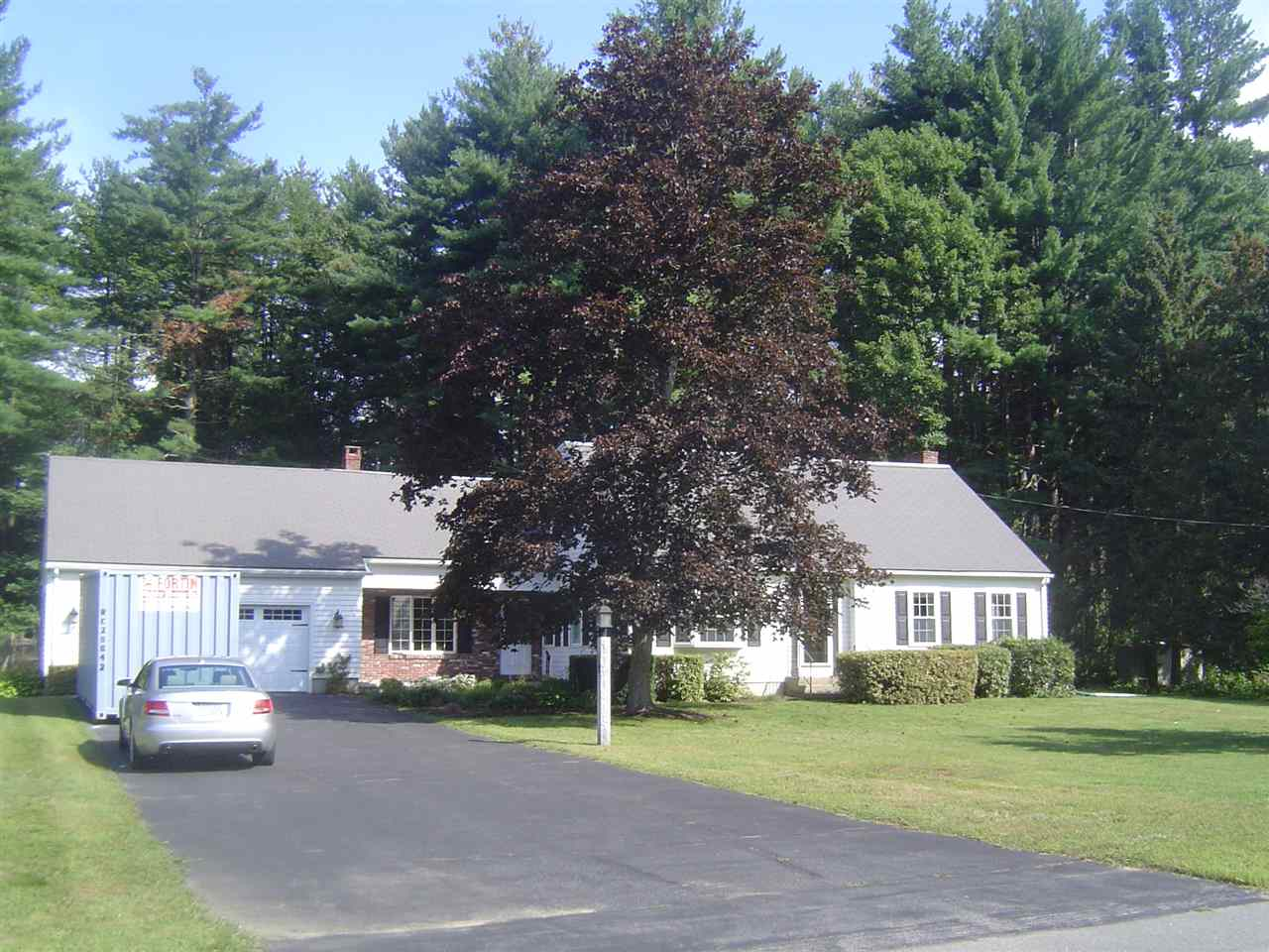 Hooksett NH Home for sale $List Price is $329,000
