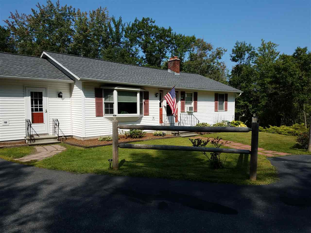 ENFIELD NH Home for sale $$299,000 | $155 per sq.ft.