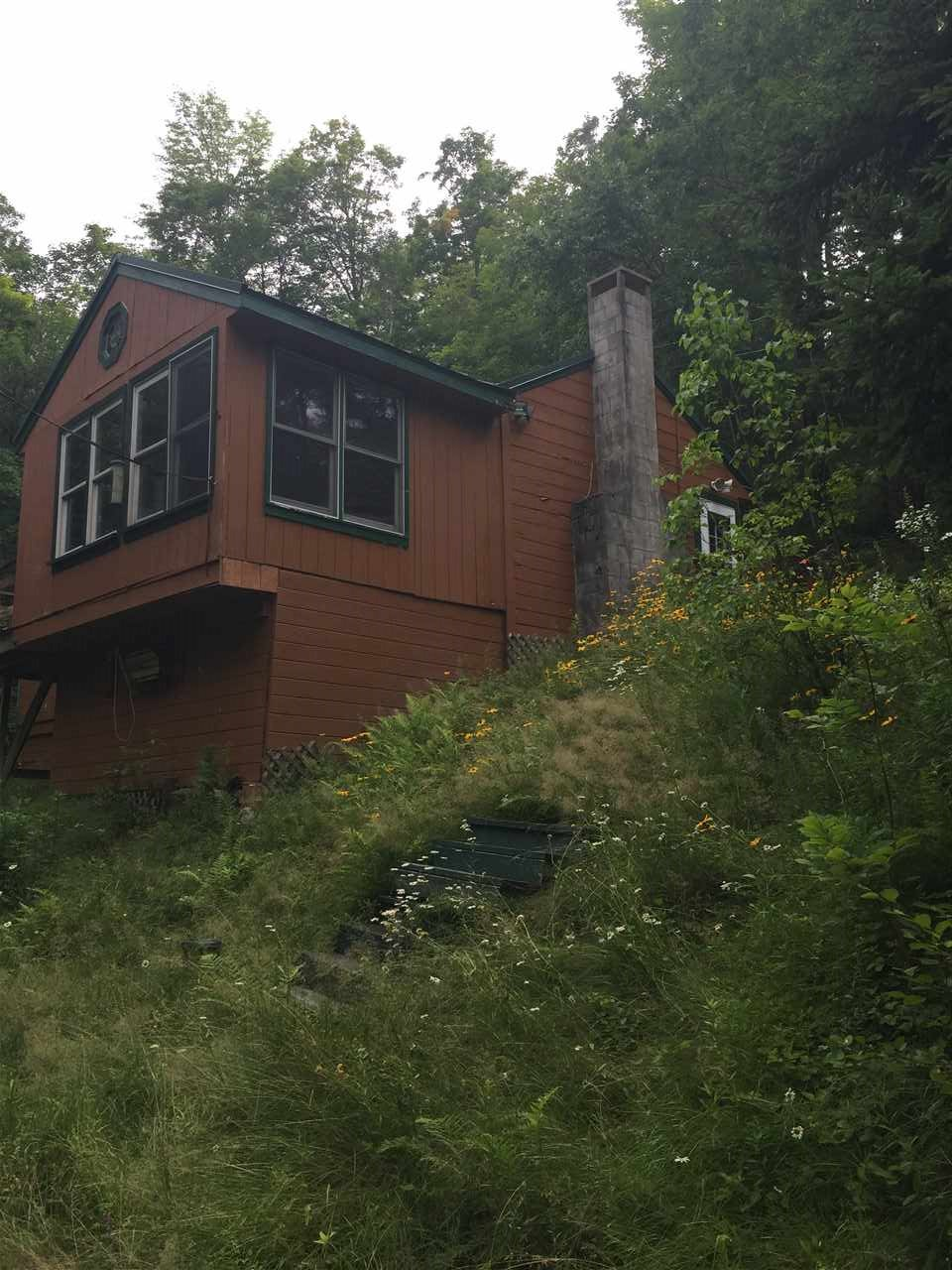 STODDARD NH Home for sale $$30,000 | $31 per sq.ft.