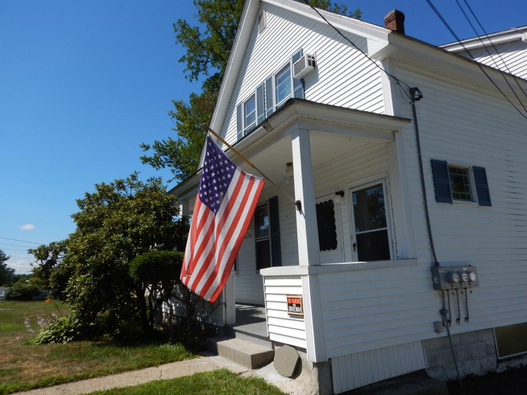 MANCHESTER NHDuplex for rent $Duplex For Lease: $1,200 with Lease Term