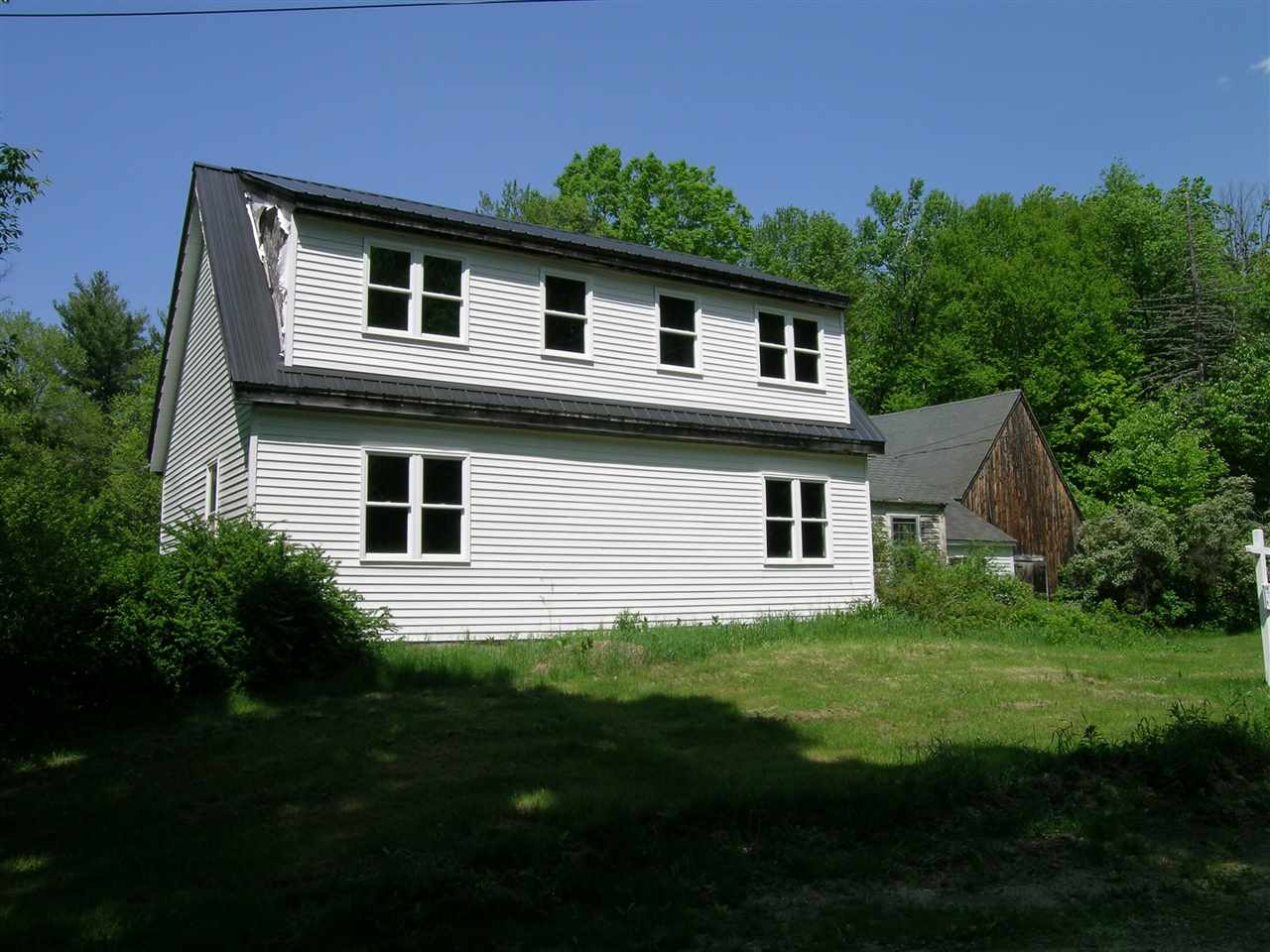 Mont Vernon NH Home for sale $List Price is $179,000
