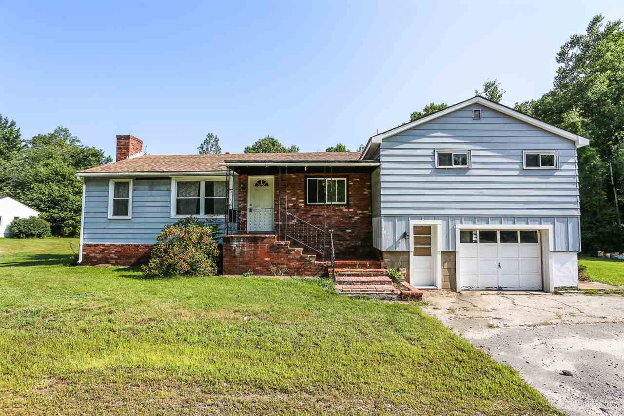 Bedford NHHome for sale $List Price is $210,000