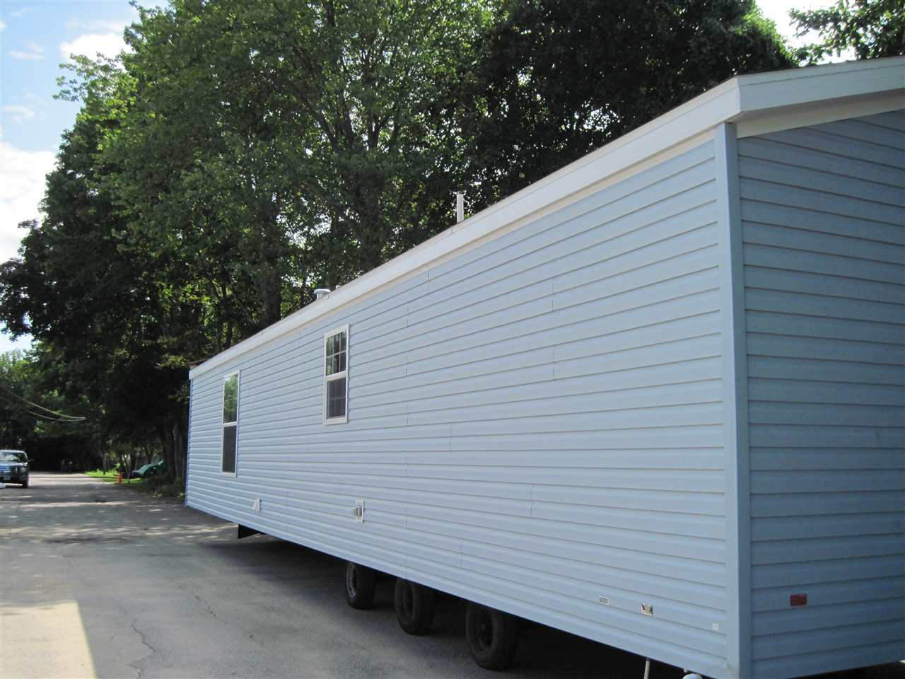 Salem NHMobile-Manufacured Home for sale $List Price is $85,000
