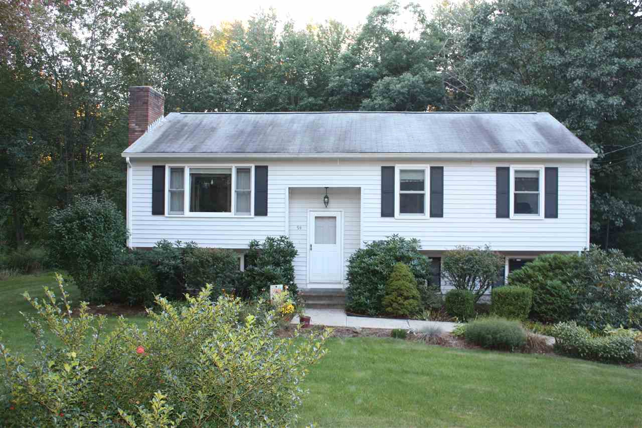 Litchfield NHHome for sale $List Price is $267,900
