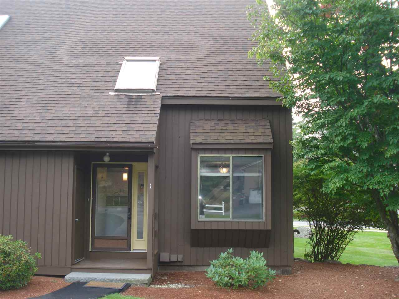 Nashua NH Condo for sale $List Price is $174,900