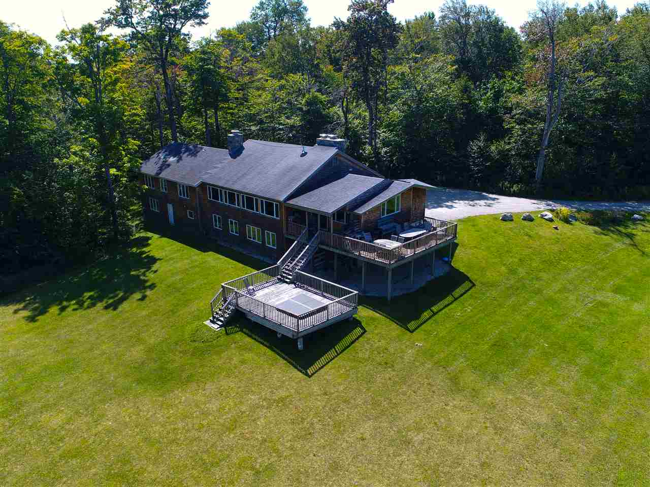 WINHALL VT Home for sale $$1,175,000 | $416 per sq.ft.