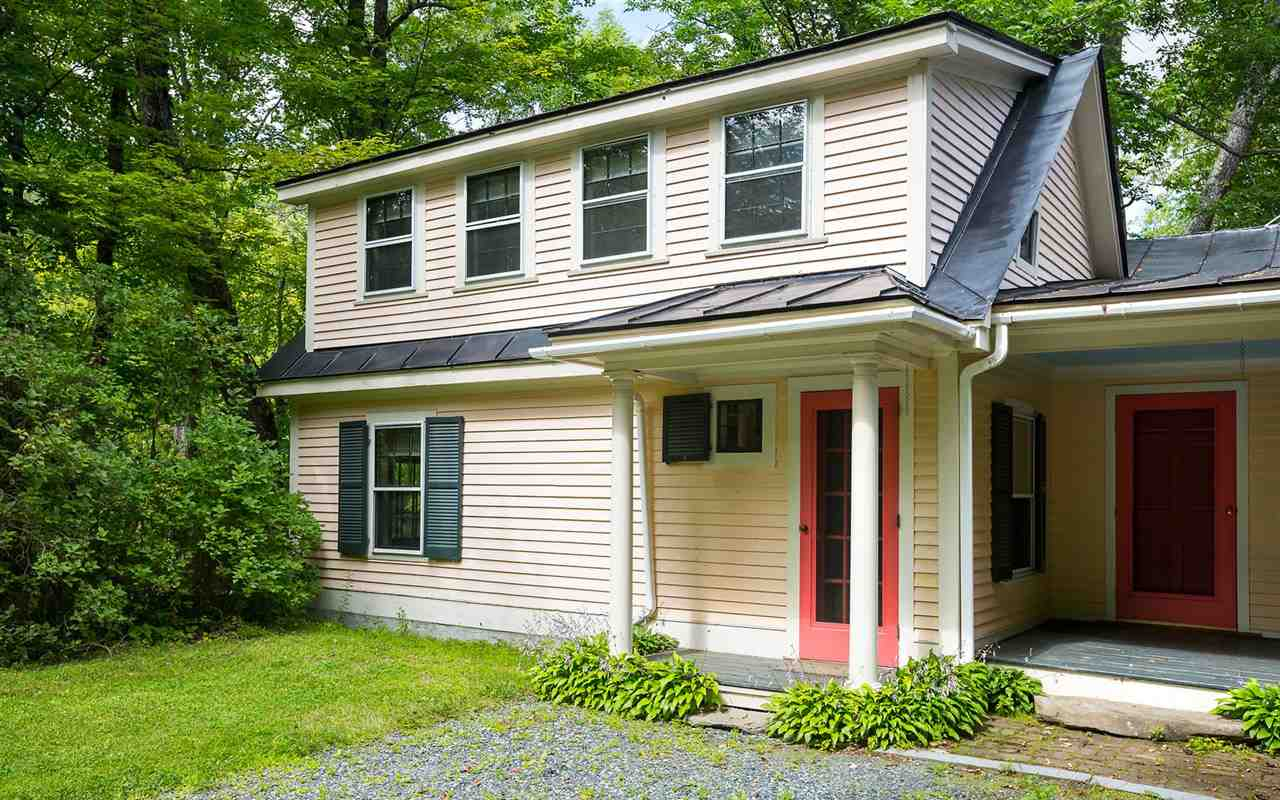 SHARON VT Home for sale $$500,000 | $154 per sq.ft.