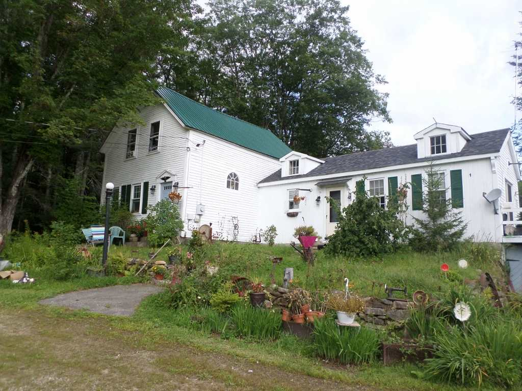 Alexandria NH Home for sale $$235,000 $136 per sq.ft.